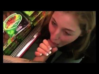 Sexo quente no supermercado