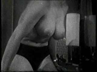 Softcore nudes 517 50s e 60s cena 2