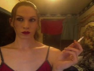 Cigarros fortes de chainmoker bitchy