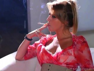 Jovem, menina, fumar