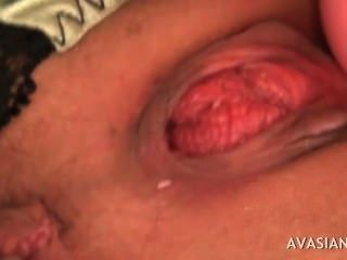 Jap babe ficar fodido com vários dildos