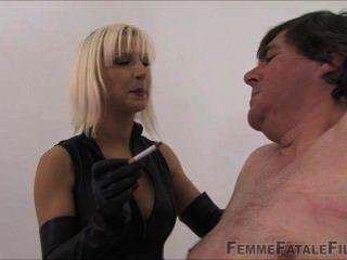 Mistress vixen interrogação