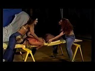 Cócegas escravo 3