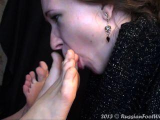 Menina, lamber, dois, pares, pés