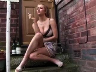 Quente, namorada, fumar, fag, exterior, porta, passo