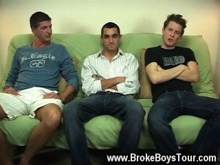 Quente cena gay como eles bombeado seus stiffys e correu para descer, foi um
