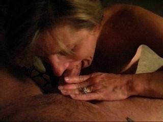 Senhora loira madura garganta profunda garganta profunda