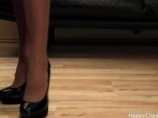 Passos de sapato de salto alto