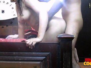 Casal indiano hardcore sexo sonia bhabhi fodido em estilo doggy