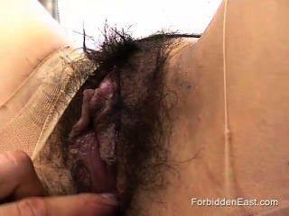 Japanese submissive woman pantyhose rasgado fora e fodido por fetish master