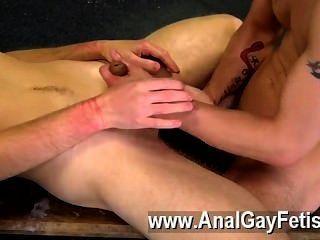 Filme gay dan é um dos homens jovens mais quentes, com seu corpo apertado