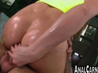 Ass curvy milf fica anal fodido por um grande galo