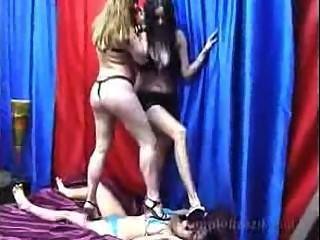 Lesbiana atropelar 2on1