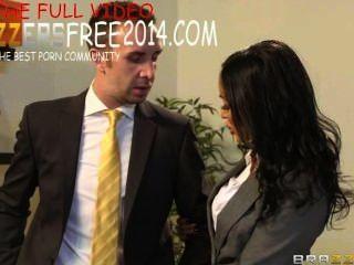 Brazzers secretária sedução vídeo com breanne be watch free + download