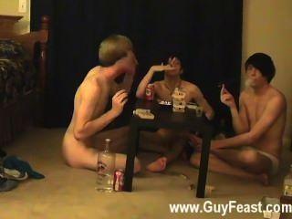 Clip gay deste é um vídeo longo para você os tipos do voyeur que como o