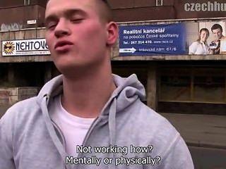 Caçador checo 133