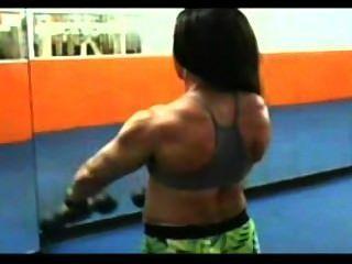 Claudia treino braços
