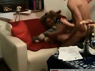 Namorada alemã fodida no sofá