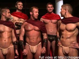 Gladiadores quentes em 4 hardcore fuck