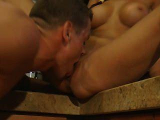 Nataly sexo na cozinha