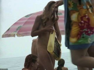 Grupo, meninas, nu, praia