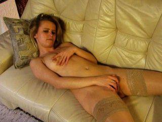 Garota solteira gaby