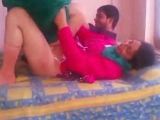 Bhabhi amador indiano sexo em shalwar terno elevador e fodido duro