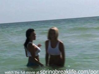 Sluts quentes na praia