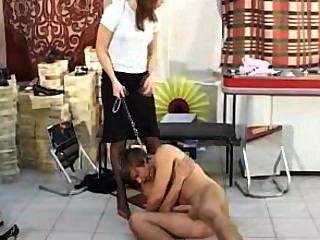 Footjob stiletto homem humilhação nylon