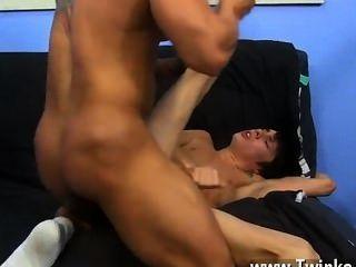Quente sexo gay kyler só pode ser um buck vinte empanturrando molhado, mas ele tem um