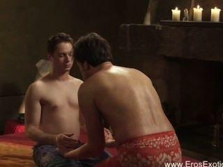 Parte de massagem de próstata erótica íntima 1