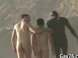 Homens nus..nude praia