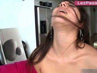 Lesbian pornstars lynn mercedes, dani daniels, jennings shyla fodendo fora