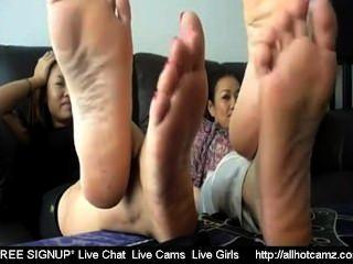 2 tailandês meninas toe wiggle tease 2 ao vivo sexo tailandês livre sexo ao vivo bate-papos privado c