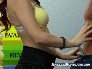 Sexo enquanto o professor está fora