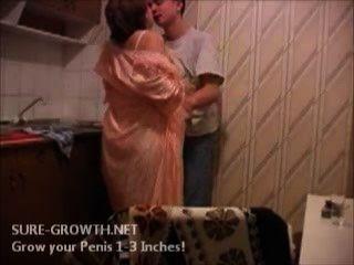 Bbw granny fode o menino da porta ao lado