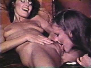 Lesbian peepshow loops 612 70s e 80s cena 3