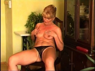 Secrets of horny mature 7 cena 2