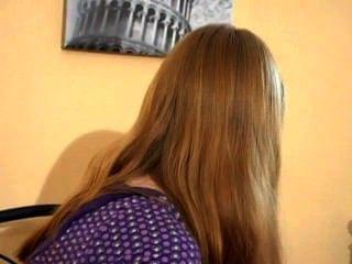 Adolescente menina humps seu travesseiro (mrbob7777)