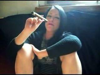 Fumar charuto quente