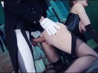 British slut yuffie em um fmm threesome em meias