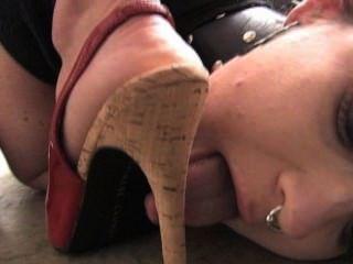 Lamber meus pés