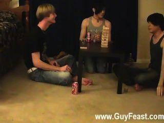 Sexy gay este é um vídeo longo para você os tipos do voyeur que como a idéia de