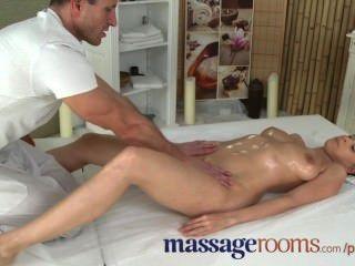 Salas de massagem tesão garotinha boobs grande tem g local orgasmo antes facial