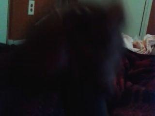 Primeira vez empurrando meu pau preto e cumming em cam