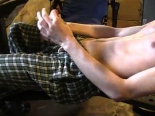 Treino masturbando meu pau grande
