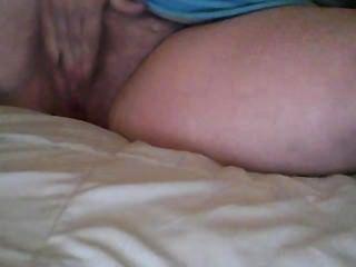 Katyannmilf dedilhado meu pussy peludo e jogo de vibrador