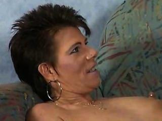 Sexy milf bebe mijo