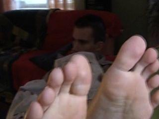 Petr pés de um homem