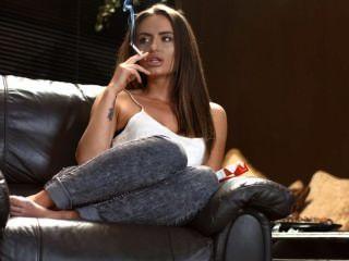Sarah arnold cadeia de fumo forte rolhas com perfeição